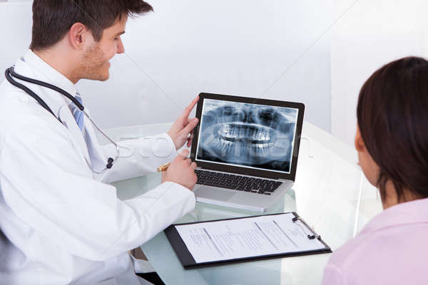 Erkek doktor dişler xray hasta mutlu Stok fotoğraf © AndreyPopov