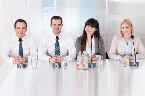 Grupo gente de negocios sesión conferencia feliz negocios Foto stock © AndreyPopov