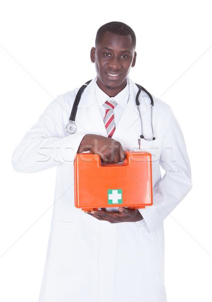 アフリカ 男性医師 応急処置 ボックス 小さな ストックフォト © AndreyPopov