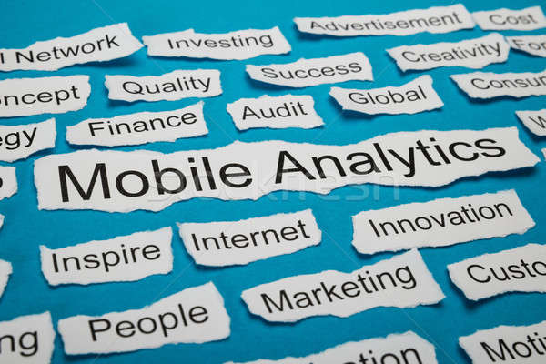 Woord mobiele analytics stuk gescheurd papier papier Stockfoto © AndreyPopov