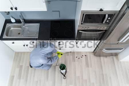 Mozgássérült férfi szivacs mosogatás magasról fotózva kilátás Stock fotó © AndreyPopov