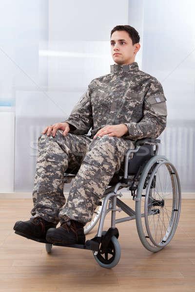 Patriotique soldat séance roue président Photo stock © AndreyPopov