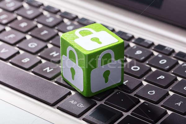 ロック シンボル ノートパソコン キーパッド クローズアップ 緑 ストックフォト © AndreyPopov