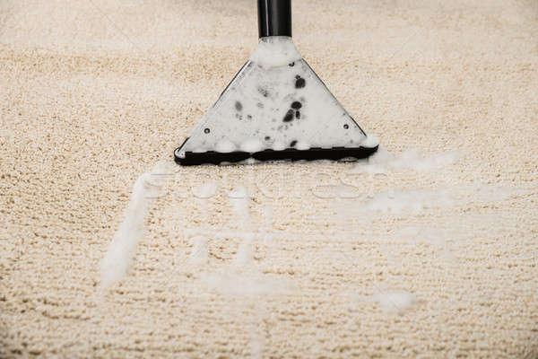 Porszívó szőnyeg közelkép hab otthon technológia Stock fotó © AndreyPopov