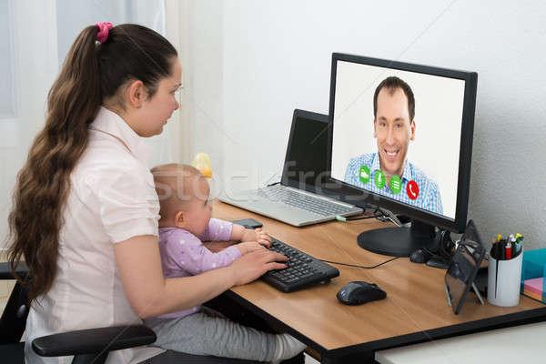 Nő videó számítógép férfi barát otthon Stock fotó © AndreyPopov