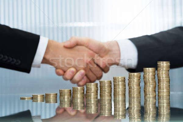ビジネスマン コイン クローズアップ ストックフォト © AndreyPopov