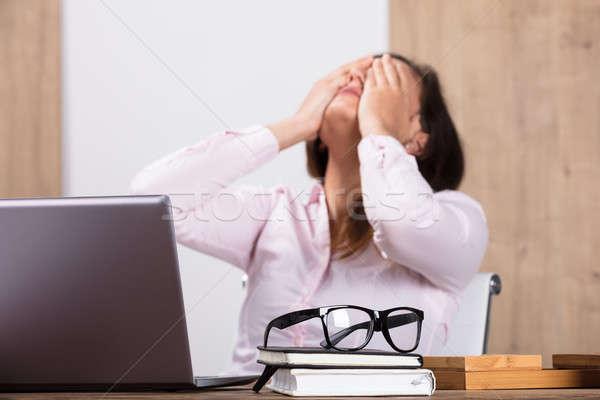 устал деловая женщина месте очки дневнике Сток-фото © AndreyPopov