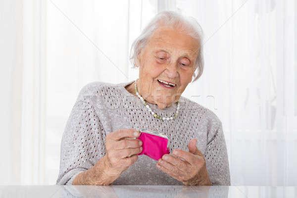 старший женщину небольшой кошелька портрет Сток-фото © AndreyPopov