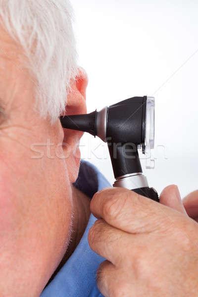 Сток-фото: врач · старший · уха · изображение · медицинской