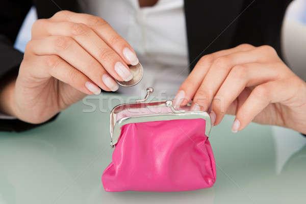 деловая женщина монеты розовый кошелька деньги Сток-фото © AndreyPopov