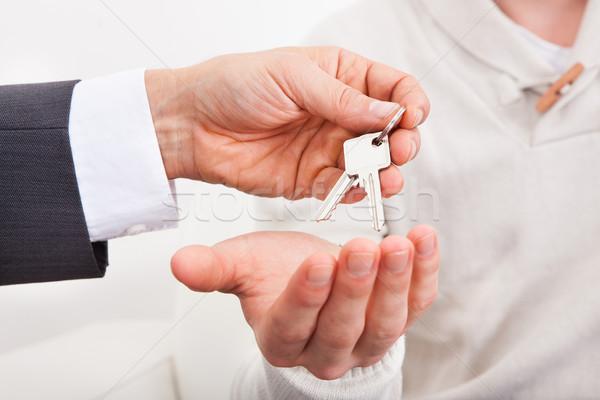 дома ключами агент по продаже недвижимости бизнеса женщину Сток-фото © AndreyPopov