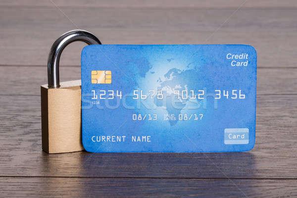 Sicher Kreditkarte Sperre Sicherheit Finanzierung Karte Stock foto © AndreyPopov