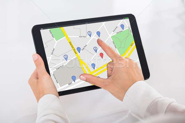 Személy GPS szolgáltatás digitális tabletta közelkép Stock fotó © AndreyPopov
