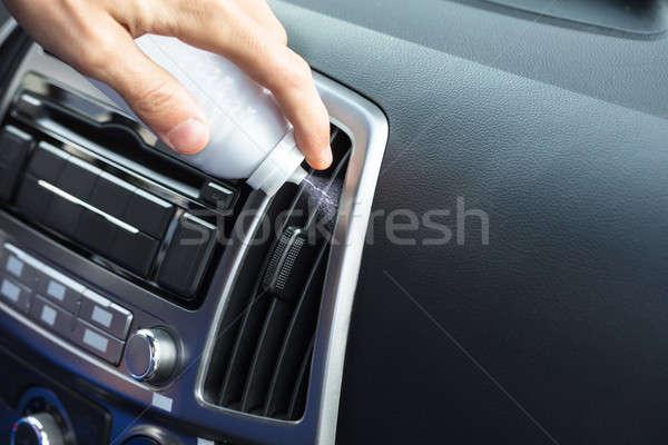 Mano pulizia condizionatore d'aria persone bottiglia auto Foto d'archivio © AndreyPopov