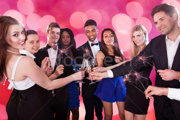 Vrienden dranken discotheek groep Stockfoto © AndreyPopov