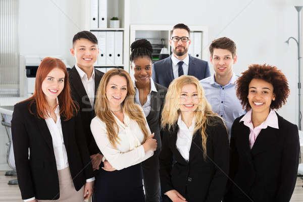 Stock fotó: Többnemzetiségű · üzletemberek · iroda · portré · bizalom · mosoly