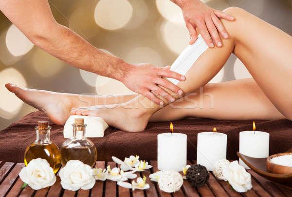 Mannelijke ontharing been spa afbeelding vrouw Stockfoto © AndreyPopov