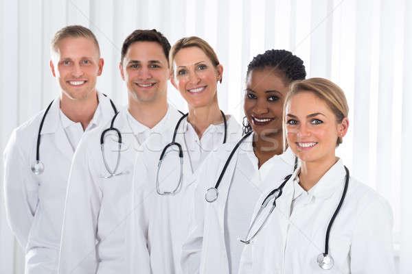 медицинской практикующий врач Постоянный линия команда счастливым Сток-фото © AndreyPopov