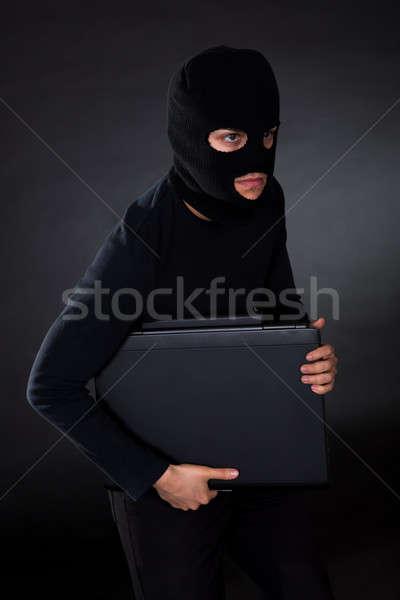 Ladrão computador disfarçar dados Foto stock © AndreyPopov