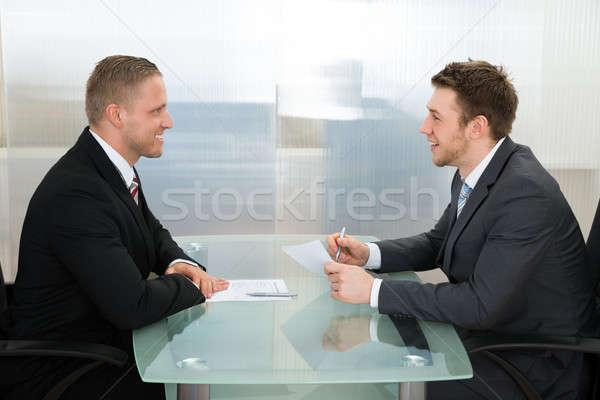 Empresario empleo entrevista feliz jóvenes oficina Foto stock © AndreyPopov