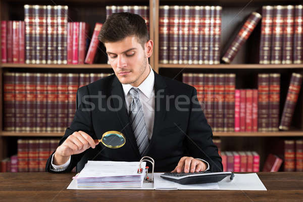 Photo stock: Homme · auditeur · avocat · loupe · simulateur