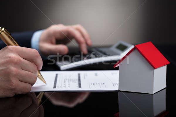Stockfoto: Bill · calculator · huis · model · bureau