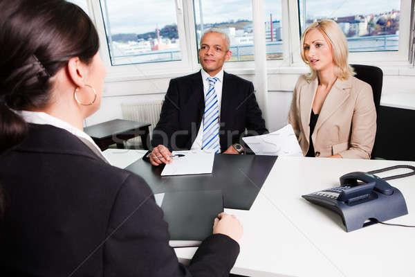 Zdjęcia stock: Działalności · wywiad · trzy · biuro · kobieta