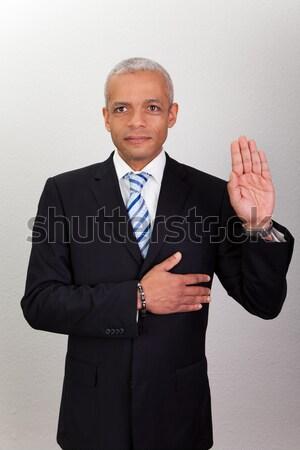 Portret dojrzały biznesmen oferowanie handshake biały Zdjęcia stock © AndreyPopov