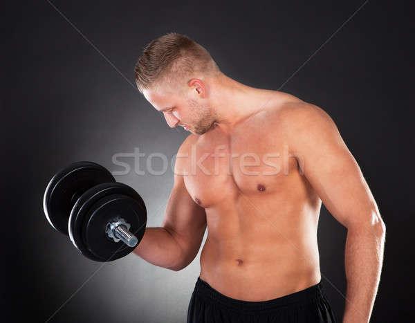 筋肉の 男 重み ジム シャツを着ていない ストックフォト © AndreyPopov