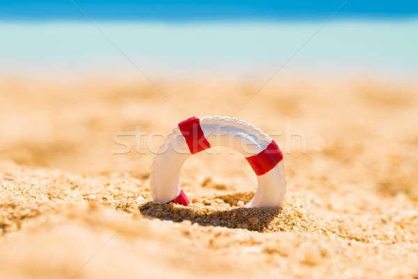 Minyatür kum beyaz kırmızı plaj hayat Stok fotoğraf © AndreyPopov