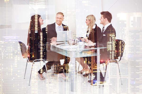 Ludzi biznesu spotkanie miasta podwoić ekspozycja szczęśliwy Zdjęcia stock © AndreyPopov