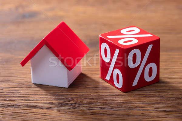 家 モデル パーセンテージ 赤 表 クローズアップ ストックフォト © AndreyPopov