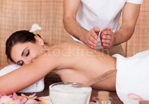 Frumos înapoi masaj spa fată Imagine de stoc © AndreyPopov