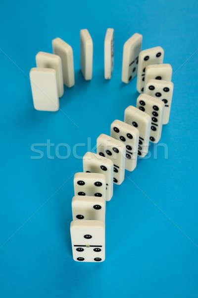Kérdőjel dominó közelkép kék háttér csoport Stock fotó © AndreyPopov