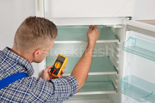 техник холодильник молодые мужчины цифровой человека Сток-фото © AndreyPopov