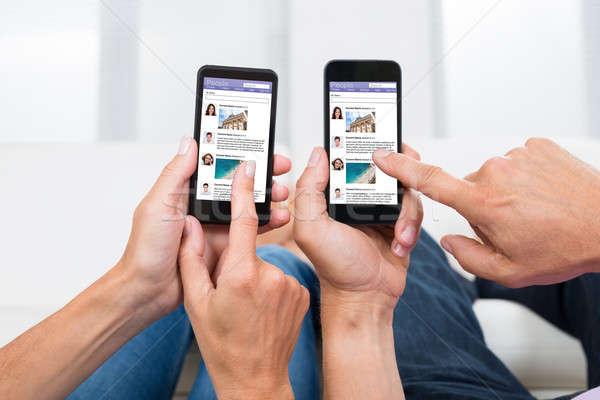 Due persone sociale networking primo piano Foto d'archivio © AndreyPopov