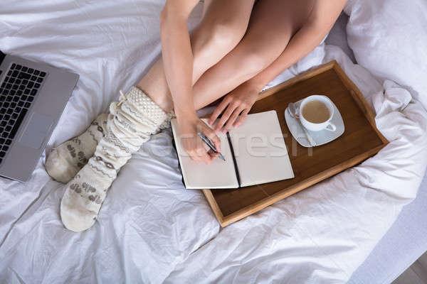 表示 女性 書く 日記 カップ コーヒー ストックフォト © AndreyPopov