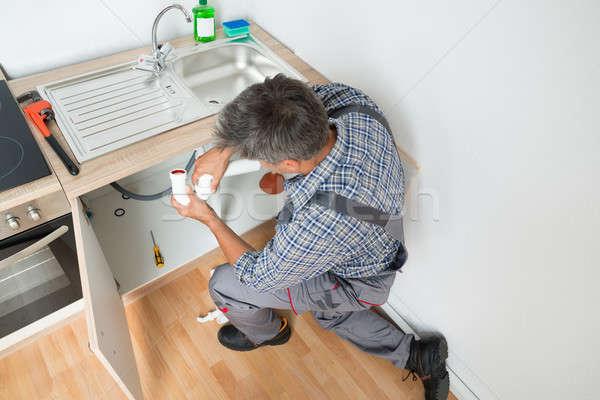 Encanador afundar tubo cozinha vista lateral Foto stock © AndreyPopov