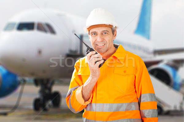 Grond crew praten portret gelukkig mannelijke Stockfoto © AndreyPopov