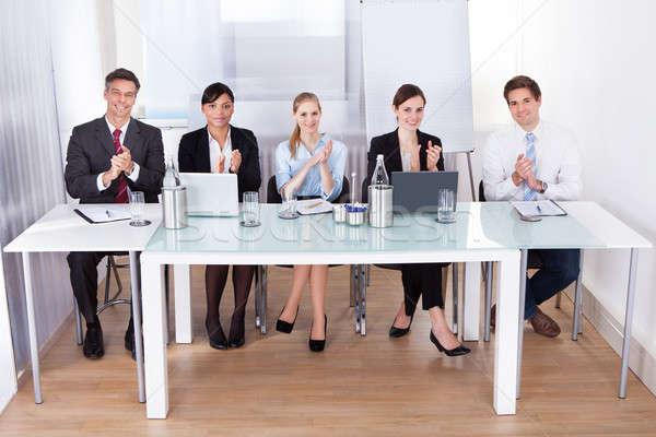 üzletemberek tapsol konferencia portré boldog tapsol Stock fotó © AndreyPopov