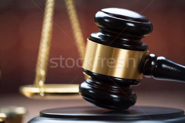 Holz Gerichtssaal Foto Recht Gerechtigkeit Stock foto © AndreyPopov