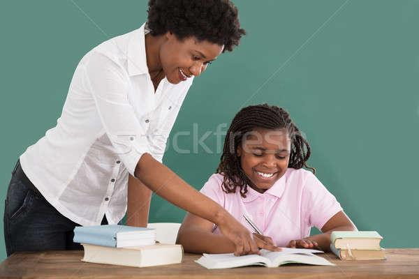 Foto stock: Feliz · professor · ensino · estudante · africano · feminino