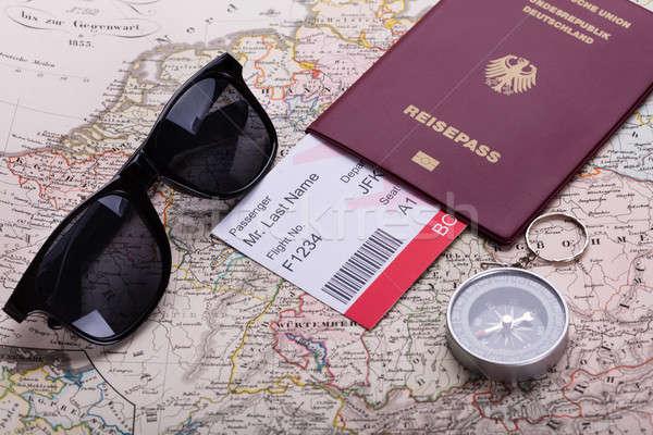 Embarquement billet passeport boussole carte Photo stock © AndreyPopov