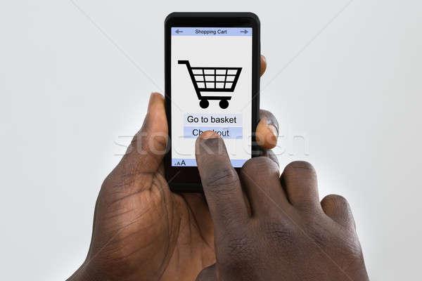 Foto stock: Persona · compras · en · línea · teléfono · celular · móviles · aplicación