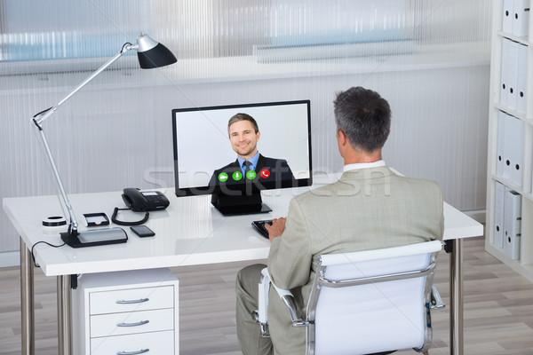 Geschäftsmann Partner Computer Schreibtisch Rückansicht Video Stock foto © AndreyPopov