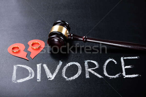 Divorce alliance marteau bois lettre Photo stock © AndreyPopov