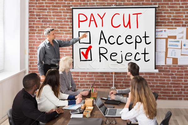 Afwijzing man presenteren groep mensen business kantoor Stockfoto © AndreyPopov