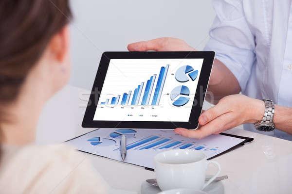 Foto stock: Empresario · gráfico · digital · tableta · imagen