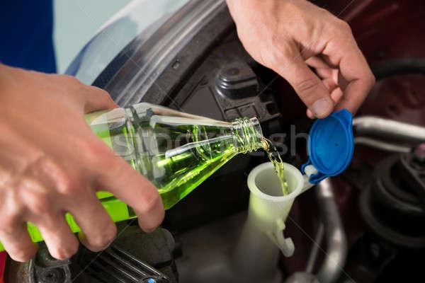 Mekanik ön cam yıkayıcı sıvı Stok fotoğraf © AndreyPopov