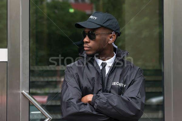 Ochroniarz stałego portret młodych Afryki Zdjęcia stock © AndreyPopov
